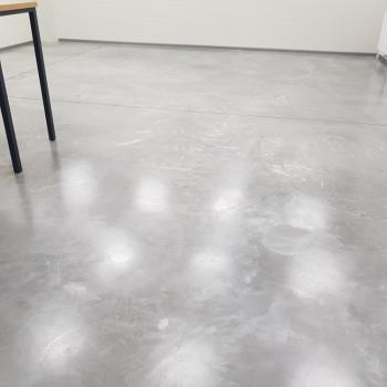 Realizacje: Obróbka posadzek z kamienia i betonowych